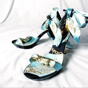 Satin Tie Heels Chain Pattern GUESS NWOT - 7.5